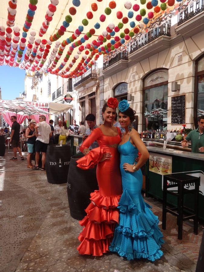 Feria di Ronda, donne in costume