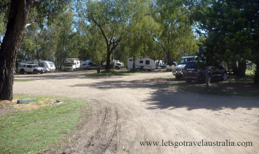 Chinchilla-Weir-main-camping-area-1