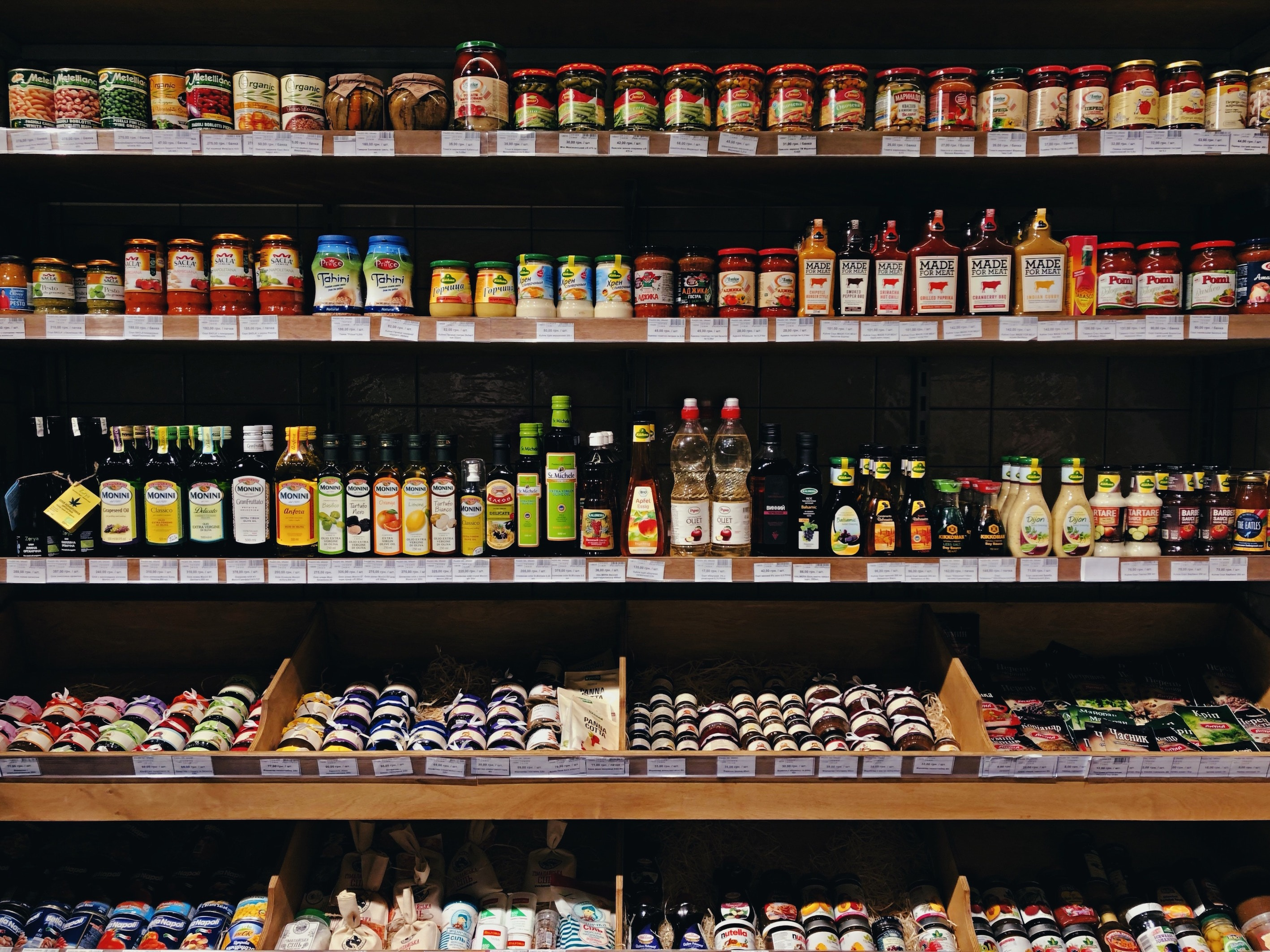 10 Common Vegan Ingredients to Keep in Your Pantry
