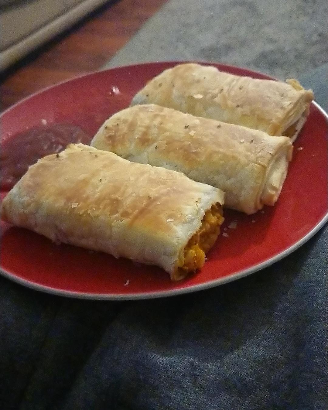 Pumpkin Pie Pastry Rolls