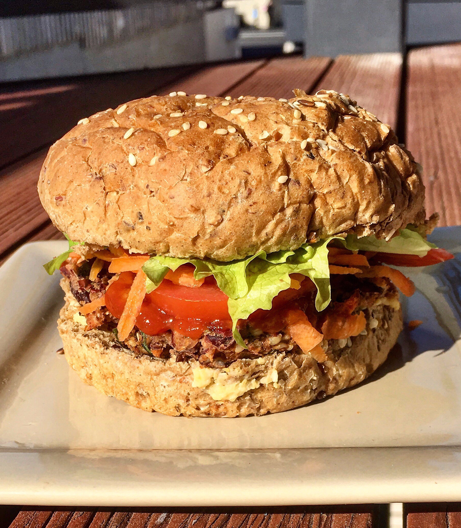 Red Kidney Bean & Hemp Burgers