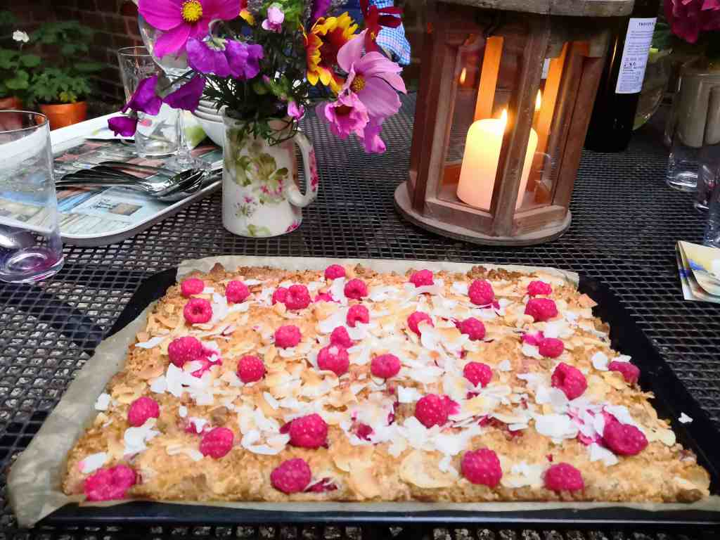 raspberry and coconut tart