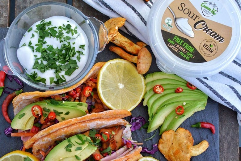 5 Vegan Sour Cream options for your next cook up!