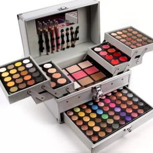 Miss Rose – Makeup Box1