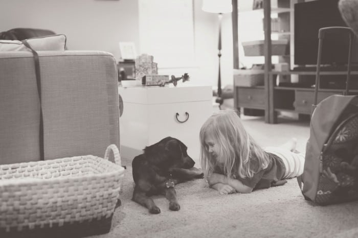 Mom's Guide to Better Photos: 3 Tips for Capturing Beautiful and Authentic Family Pictures *tip #3 is great