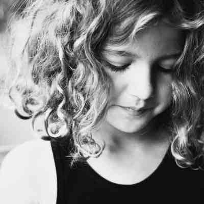 Basic Photography Tips for New DSLR Moms: Artistic Portraits of Kids