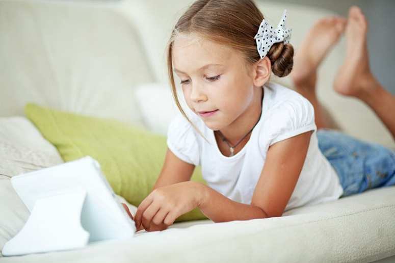 Why Our Family Doesn't Limit Screen Time *Interesting parenting article