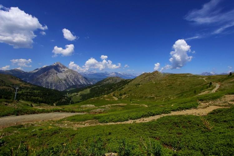 Sentiero escursionistico verso il Lago Gignoux