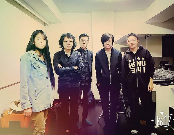 圖片說明/逆思成員與Hello Nico成員合照。