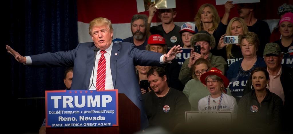 圖片說明/2016年總統當選人川普先前造勢場會-以Make America Great Again為其競選口號