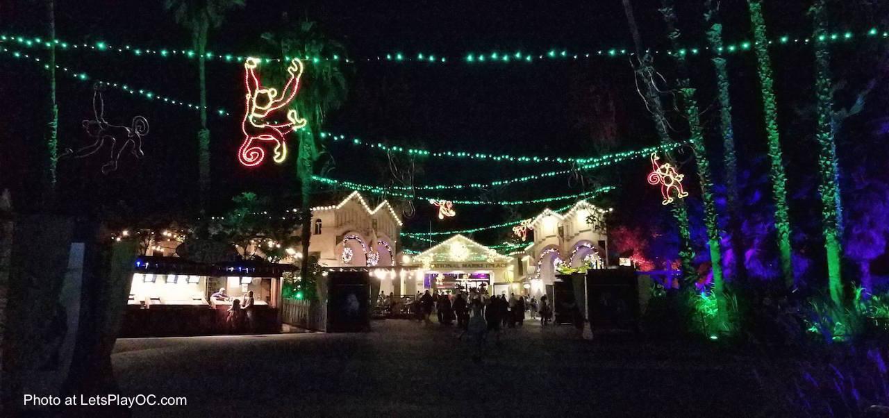 La Zoo Lights Nightly Admission January 5