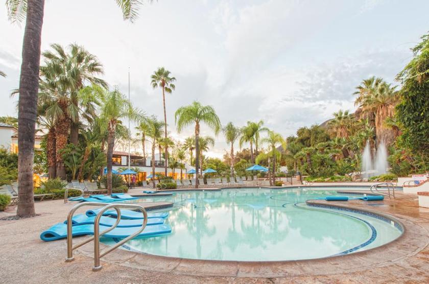Glen Ivy Hot Spring Lounge Pool