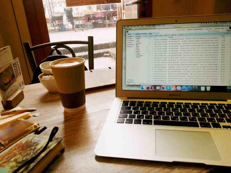 Amsterdam Coffice #2: Bagels & Beans at Waterlooplein - letsreachsuccess.com remote work freelancers lidiya k