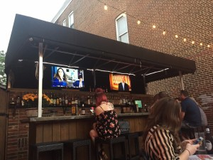 Outdoor Bar at Redbeard's