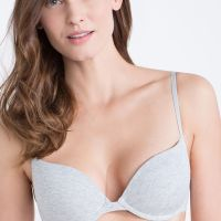 Bra hunting in Spain + Oysho Bralette & Leggings Reviews