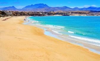 sand-between-your-toes-fuerteventura-beaches-view-of-playa-esmeralda-in-fuerteventura-canary-islands-spain-663-7978