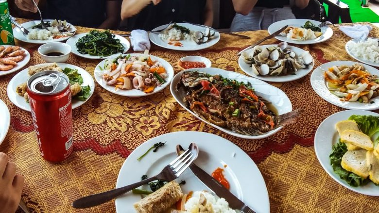 the type of meal you will enjoy with Thai locals in Thailand
