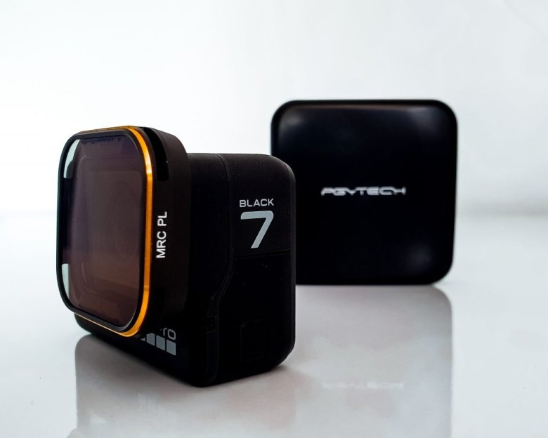 The GoPro hero 7 black with the PGYTECH polarised lens on it