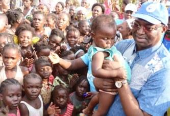 Le chef de file de l'opposition Anicet Georges Dologuélé a rendu visite aux sinistrés des inondations du site DELACOUR