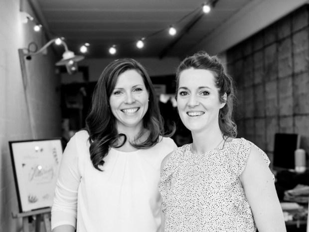 Nadja Dünnwald & Martina Johanna zusammen auf dem Lettering Workshop in Hamburg