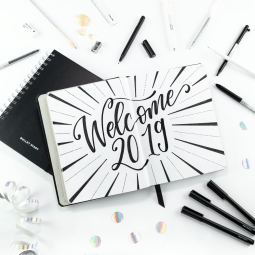 Welcome 2019 // Lettering by MJ // Handlettering & Calligraphy