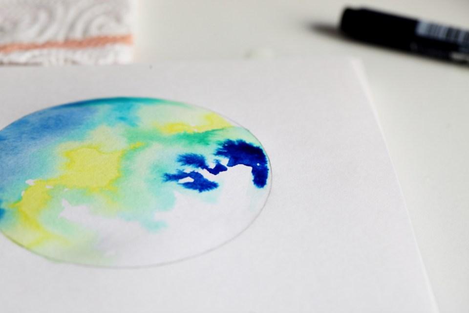 Fusion de couleurs d'encres aquarelle