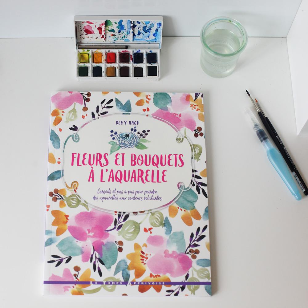fleurs et bouquets à l'aquarelle