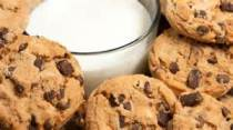 milk-and-cookies