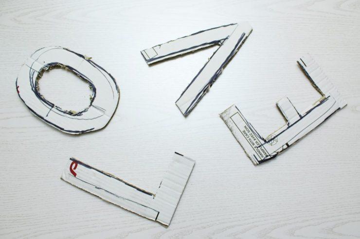lettersandbeads-diy-plüschbuchstaben-pappe-zuschneiden
