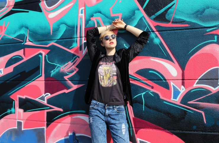 lettersbeads-fashion-2-trends-samt-bandshirt-frontal-model-pose-iron-maiden