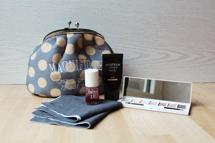 letters beads-fashion-beauty-lifestyle-reisezeit-packen-wochenende-schminke-kosmetik-kulturtasche-abschminken