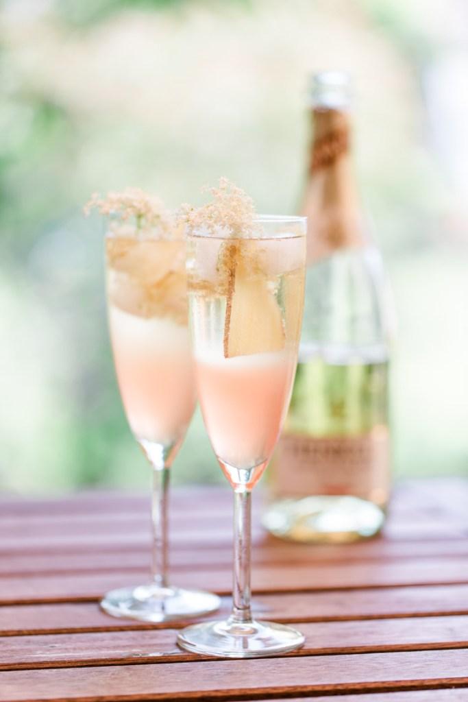 letters-beads-diy-cocktails-sommerdrink-henkell_holunderblueten_ingwer_rhabarber_drink-9