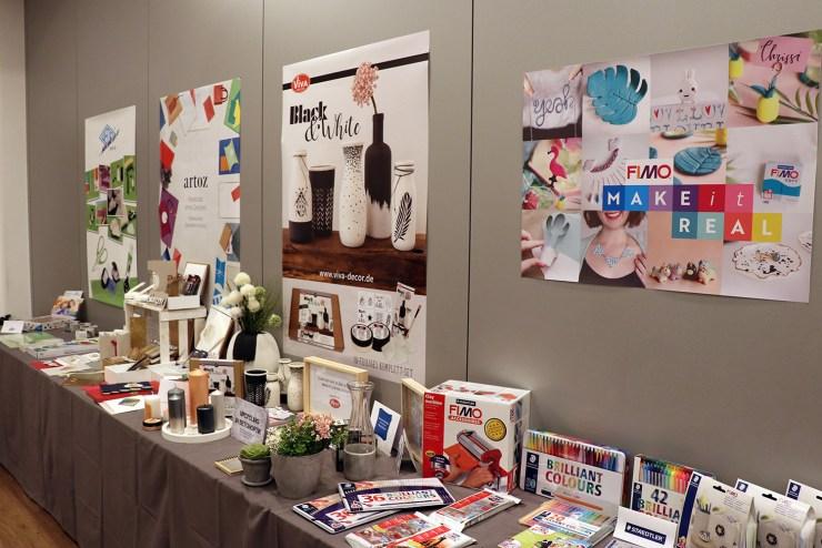 letters_and_beads_diy_event_craftnchat_Workshop_freiburg_oz-verlag_fimo_stempel_keramik-farben