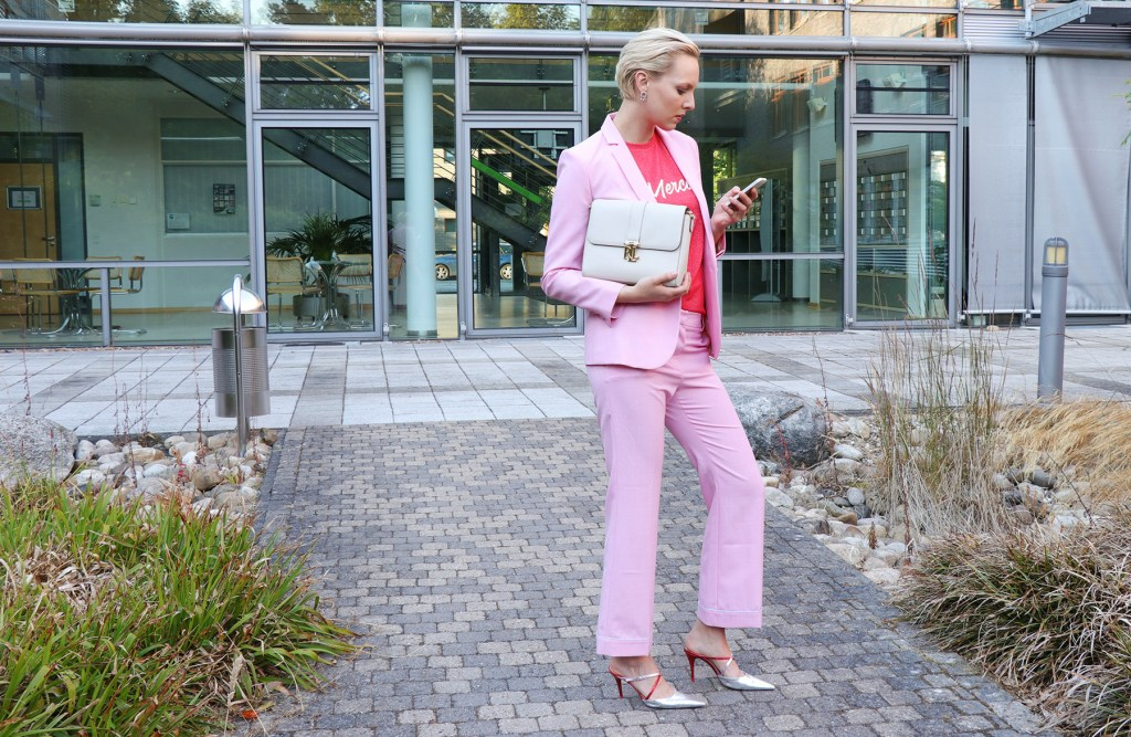 letters_and_beads_fashion_berlin_fashion_week_outfit_pink_suit_phine