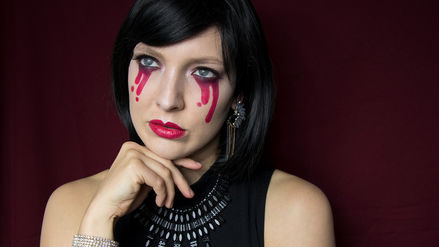 letters_and_beads_beauty_halloween_make-up_bloody_mary_schminken_title