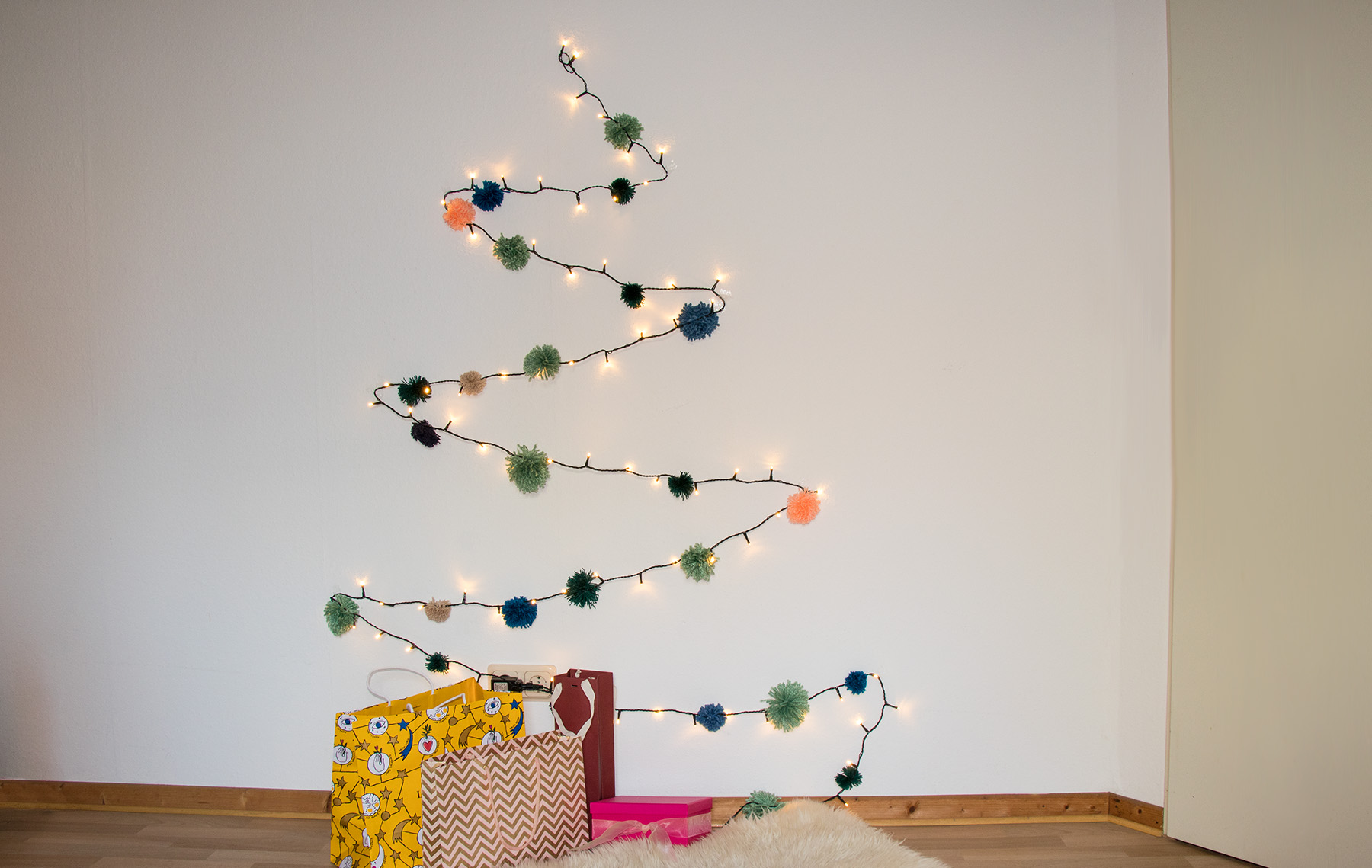 letters_and_beads_zero_waste_christmas_diy_tannenbaum_lichterkette_bommeln_title