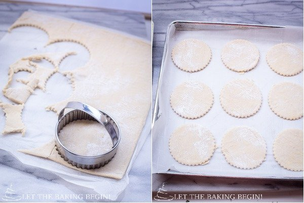How to cut the puff pastry into small circles with a liner.