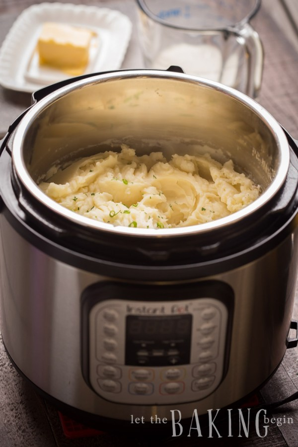 Fluffy Instant Pot Mashed Potatoes - Learn how to make Fluffy Mashed Potatoes in the Instant Pot like a pro! This way the potatoes come out perfectly creamy, with just the right amount of butter and fluffiness.  This is the best and only recipe you will use for mashed potatoes!