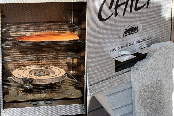 how to smoke salmon in a smoker