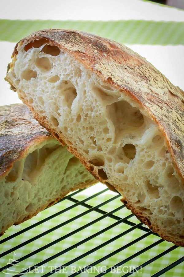 Beautiful Artisan bread with minimal effort? yes please! No bread will be easier to make than this one! | by LetTheBakingBeginBlog.com | @Letthebakingbgn