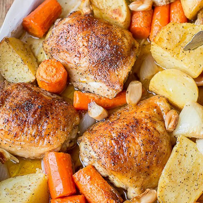Skillet Chicken With Roasted Potatoes Carrots Recipe: One Pot Chicken & Potatoes