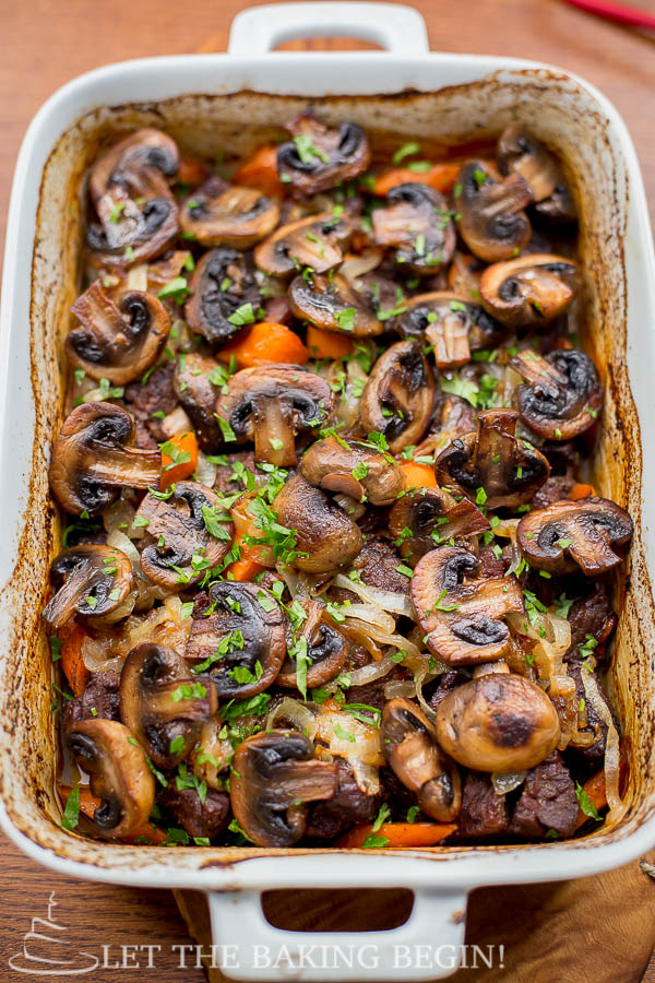 Beef with Caramelized Onion and Mushrooms - by LetTheBakingBeginBlog.com @Letthebakingbg