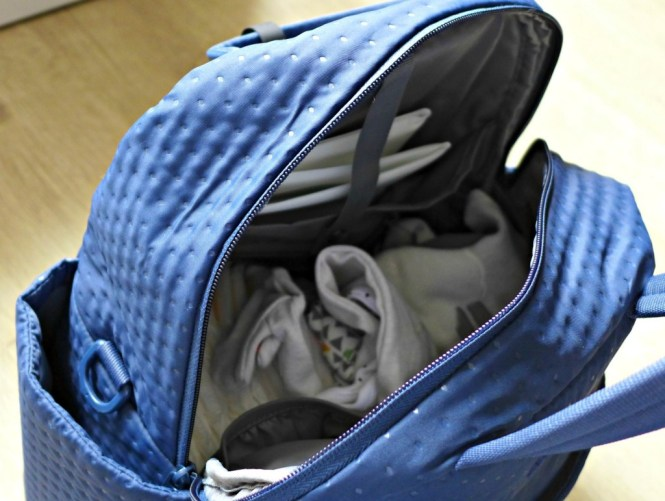 toTs by smarTrike changing bag infinity
