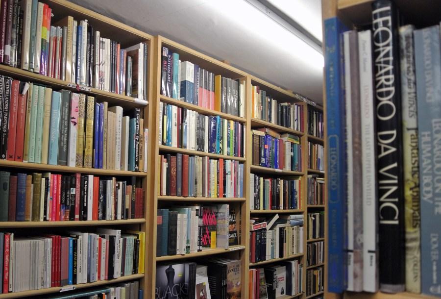 Interno di una libreria ad Hay-on-Wye