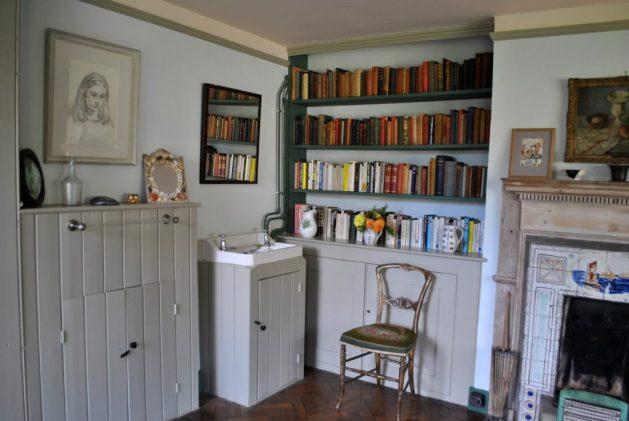 Monk's House, Rodmell, Virginia Woolf: camera della scrittrice, particolare