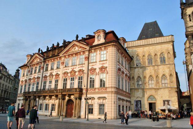 Praga, Piazza della Città Vecchia, Palazzo Kinsky