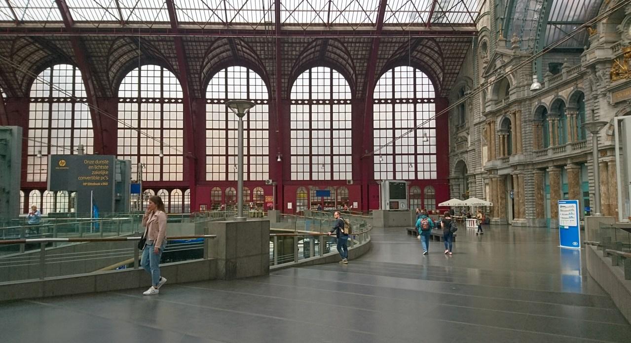 In viaggio con Interrail: stazione di Anversa