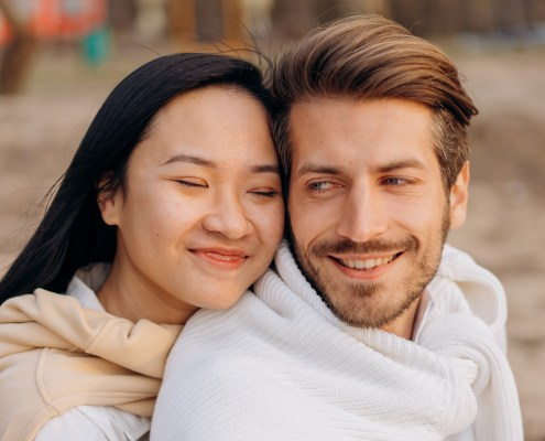 things you can do right now to make your wife happy