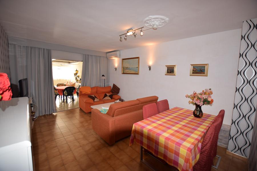 Apartamento Cristina 4 en Calpe para alquiler de temporada  Comprar y vender casa en Calp Benidorm Altea Moraira AlicanteLeukante Realty SL