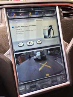 Der Touchscreen im Tesla Model S